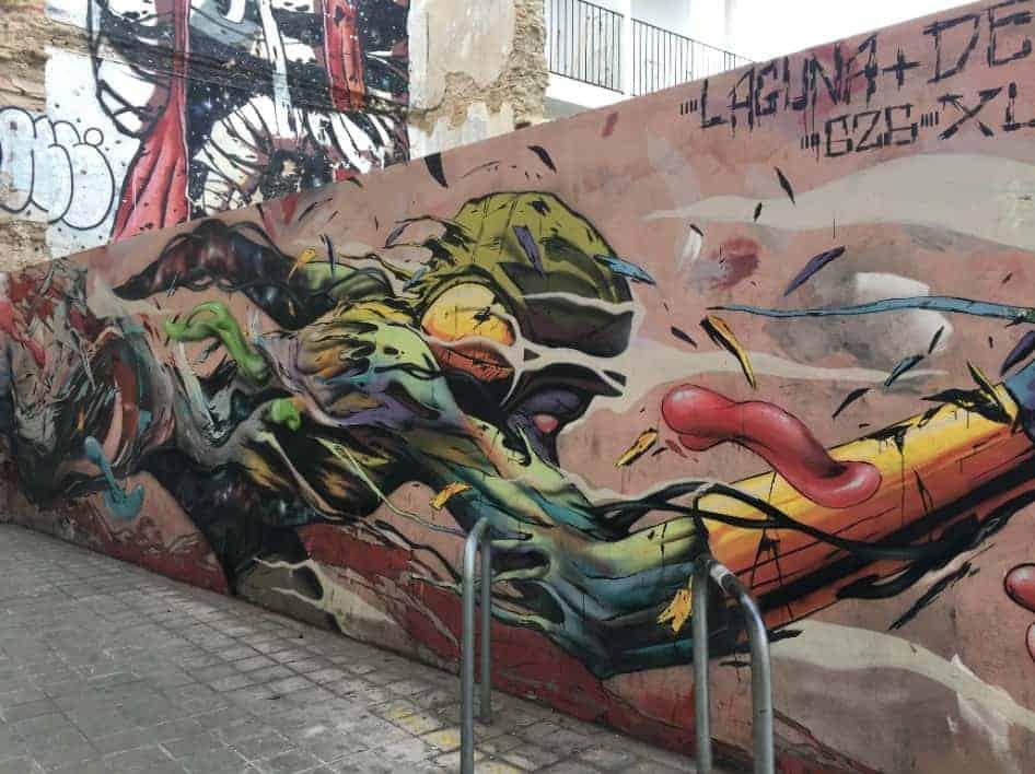 Wall with graffiti in Valencia