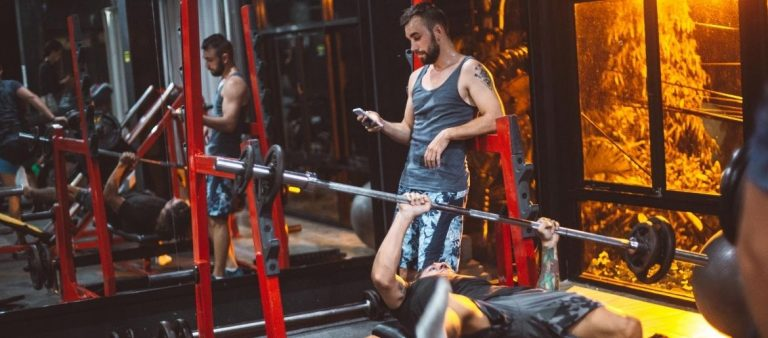 Fining an personal trainer online